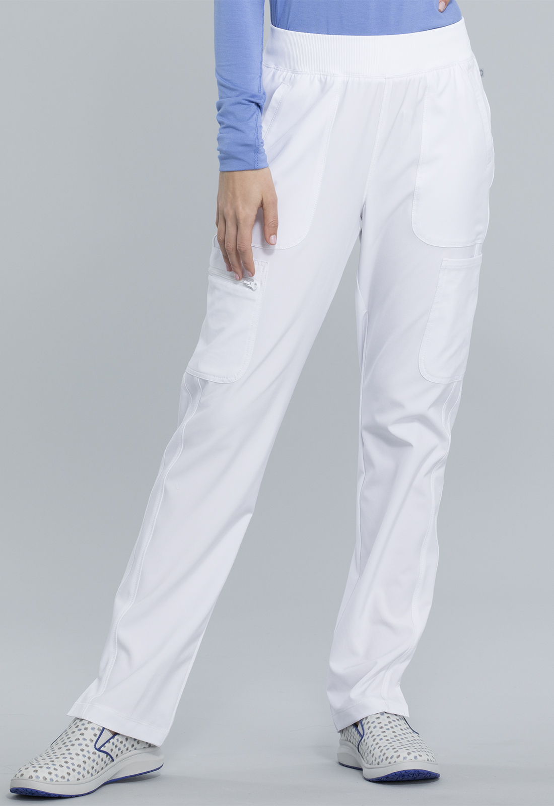 Mid Rise Tapered Leg Pull-on Pant